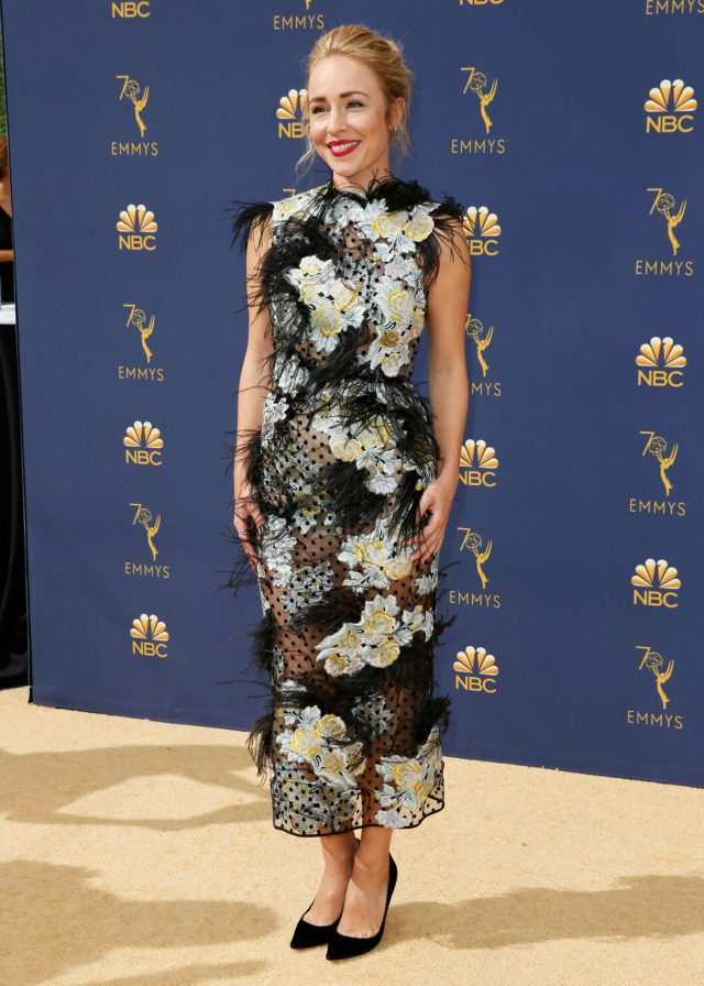 Sarah Goldberg Emmys 4Chion Lifestyle