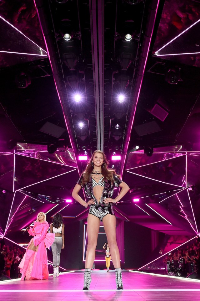 2f14b5f499 ESTELLE  2018 Victoria s Secret Fashion Show in New York - Runway