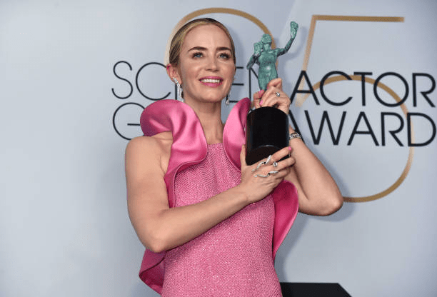 Emily Blunt SAG Awards 4chion lifestyle