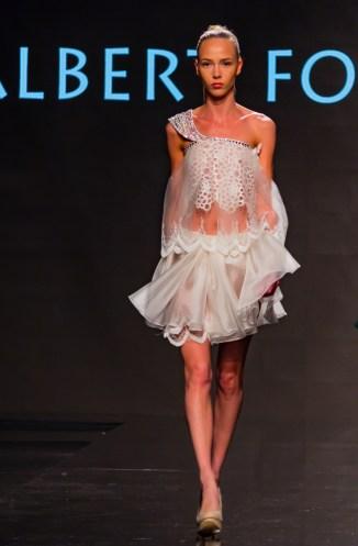 adonis-king-lian-showcase-art-hearts-fashion-4chion-lifestyle-12035