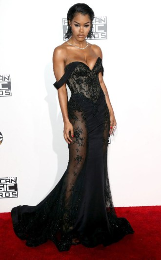 teyana-taylor-amas-red-carpet-4chion-lifestyle