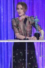 claire-foy-sag-awards-speech-4chion-lifestyle