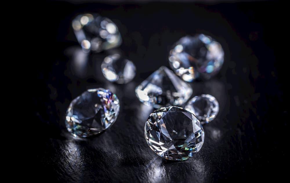 Diferencia entre diamantes y brillantes