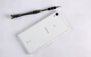Xperia-Z2-disassembly-guide_3-640x400