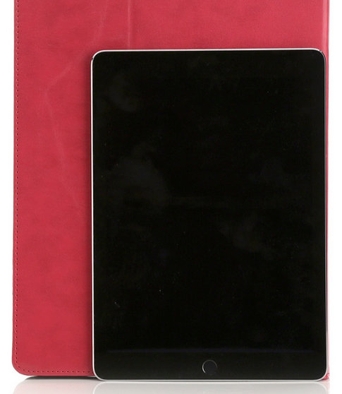 Comparison-of-case-for-the-Apple-iPad-ProPlus-with-the-Apple-iPad-Air-2.jpg