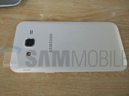 Samsung-Galaxy-J5-SM-J500-08