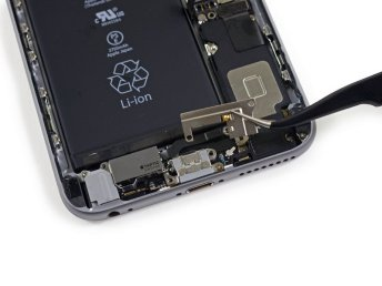 Apple-iPhone-6s-Plus-teardown-11