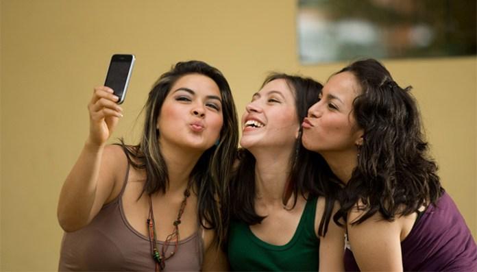 selfie ladies