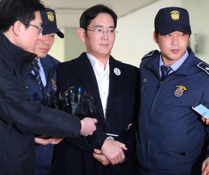 Presidente da Samsung é preso
