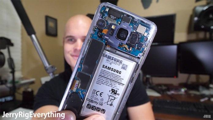 Samsung Galaxy S8 transparente
