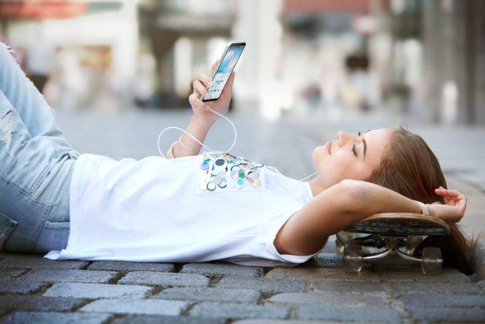 LG Q6 Q6+ Q6α LG G6 Nokia 8 Galaxy J Tech Recap