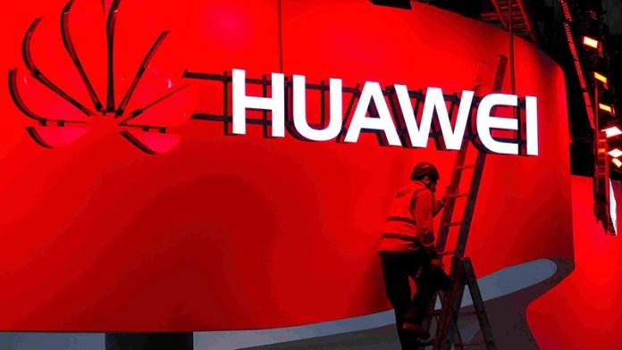 Huawei Nova 3 Huawei Y3 2018 Huawei Y5 2018 Samsung patentes Huawei P20 smartphone Android