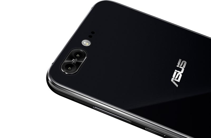 Asus ZenFone 5 tem um