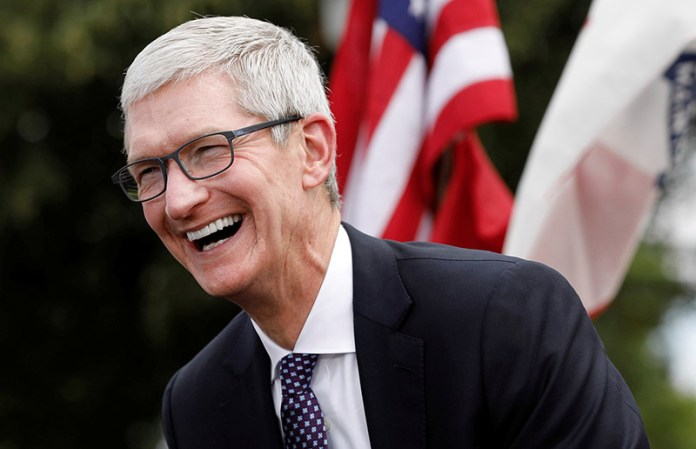 Apple iPhone X Samsung Galaxy S9 Tim Cook