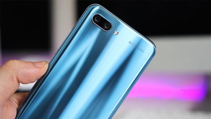 Huawei Honor 10 já vendeu mais de 1 milhão de unidades