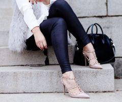 kendi-everyday-grey-faux-fur-vest-leather-leggings-givenchy-antigona-satchel-13