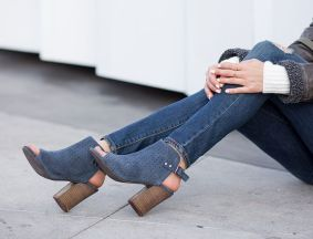 sydne-style-hosts-a-giveaway-with-stitch-fix-shoes