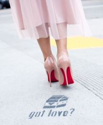 poshclassymom-valentines-date-outfit-ideas-anine-bing-sweater-hm-tulle-skirt-christian-louboutin-so-kate-chanel-bag-christian-paul-bondi-luxe-7