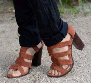 sandales-camel-promod