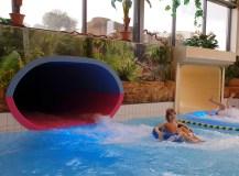 Volop waterpret in subtropisch zwembad Swimfun
