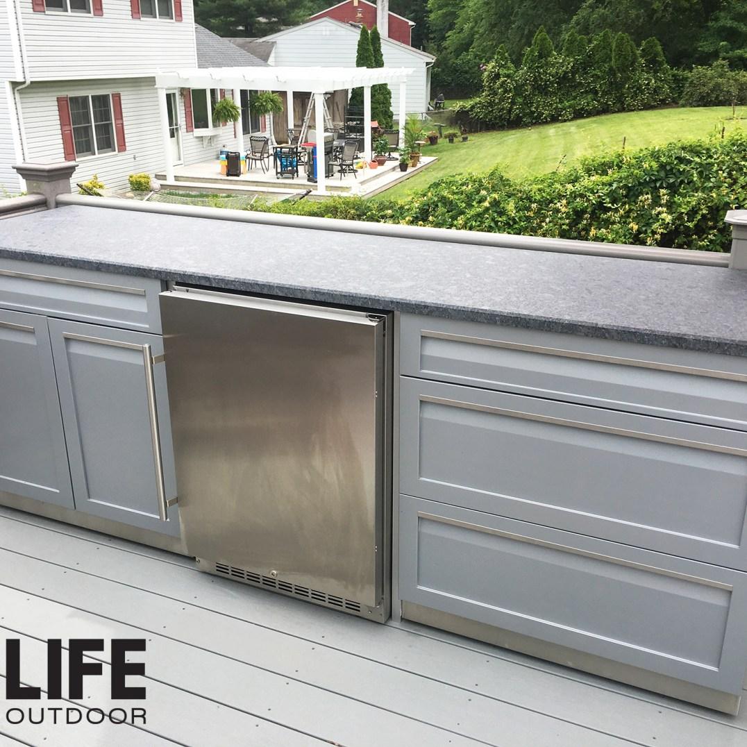 4 Life outdoor 2pc Gray set on patio customer image 2000