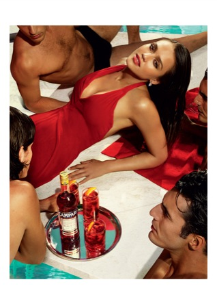 CampariCalendar2009 MAY - Jessica Alba protagonista a Milano del nuovo Calendario Campari