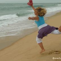 mimizan-im sand springen-strand