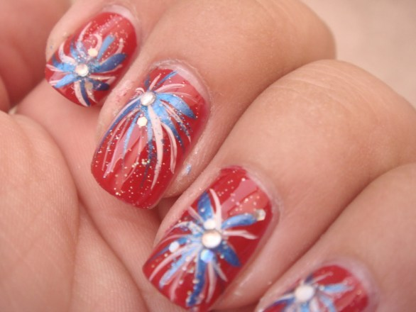 cute happy 4th of July nails