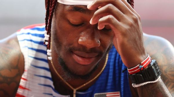 U.S. men fail to advance to 4x100 relay final in track and field at Tokyo Olympics