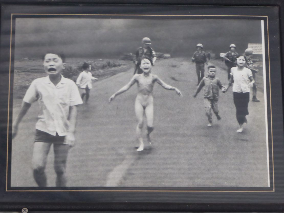 Kim Phúc: Vietnam War's Napalm Girl