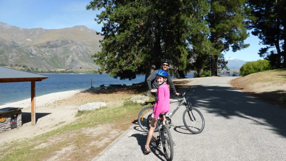 Wanaka bike path