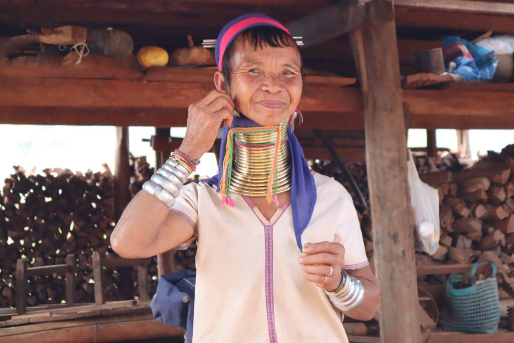 Giraffe woman from Myanmar's Kayan tribe