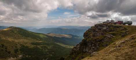 A peak in the Lotrului mountains