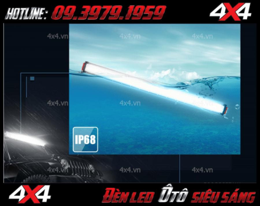 Hình ảnh đèn led ô tô: Đèn led bar 12D với tính năng chống nước đạt chuẩn IP68