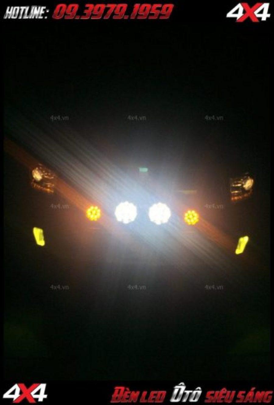 Hình ảnh Mẫu đèn led bar được ưa thích dành cho dòng xe bán tải ở TpHCM