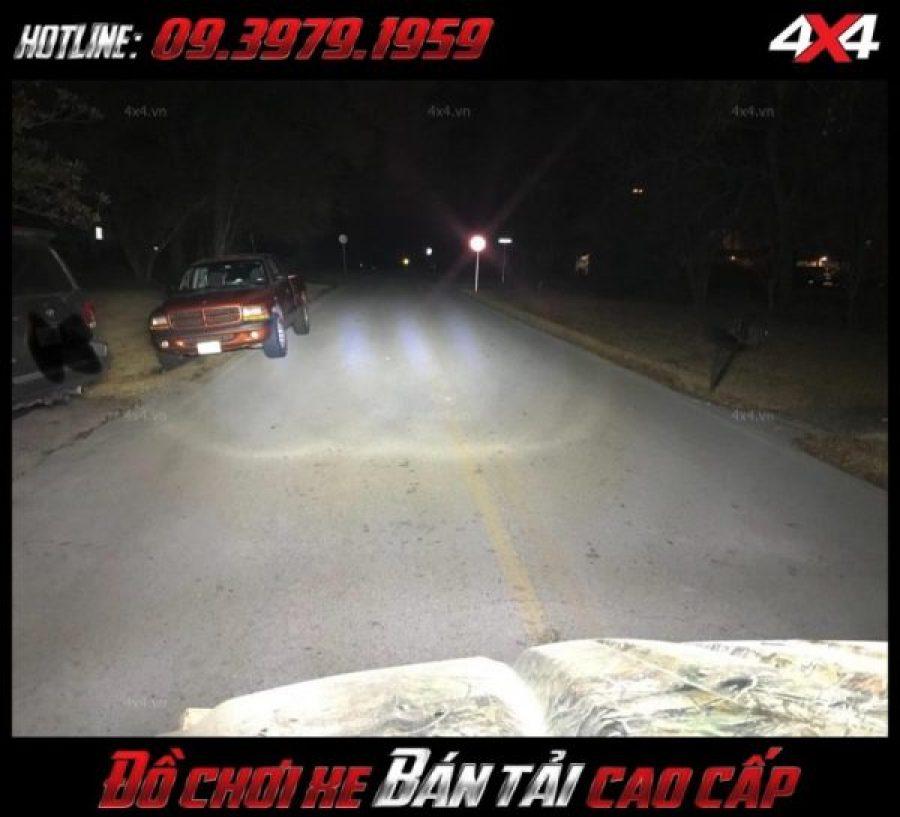 Led bar <strong>độ đèn Ford Ranger</strong>: Chiếc xe bán tải Ford Ranger chất và thể thao hơn khi gắn đèn led bar