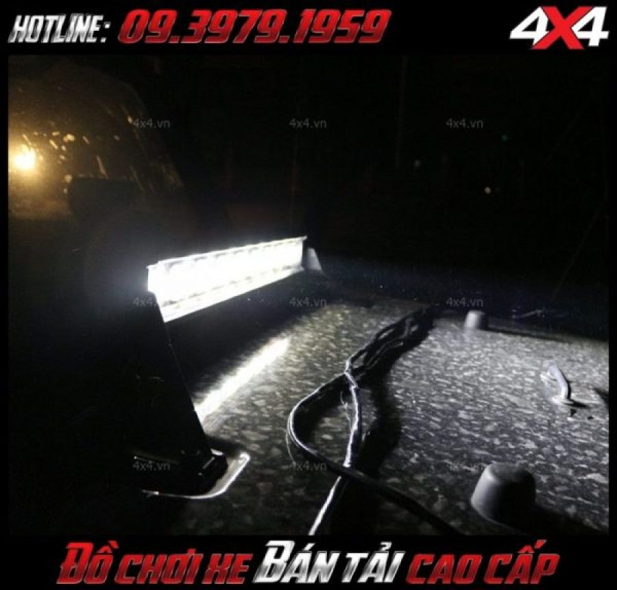 Đèn led bar ô tô, đèn led bar xe bán tải: đèn led bar 6D trợ sáng tốt cho xe Ford Raner