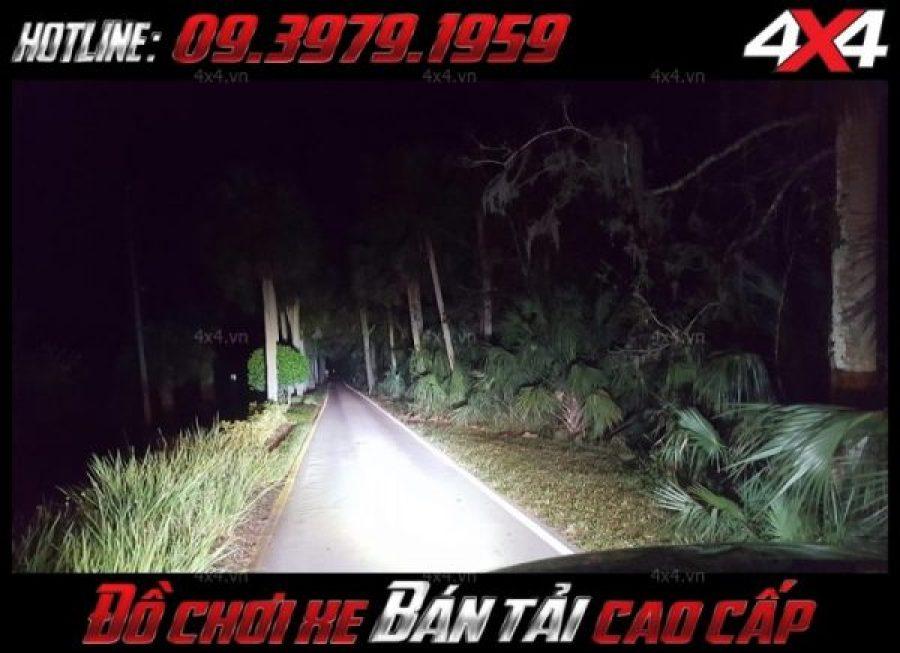 Đèn led bar ô tô, đèn led bar xe bán tải 8D có độ sáng soi sáng 1 vùng