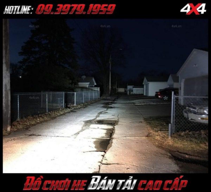 Photo <strong>đèn nóc xe bán tải</strong>: Đèn led rất sáng chất lượng, giá rẻ dành cho ô tô xe bán tải tại HCM