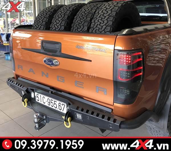 Đồ chơi xe Ford Ranger: Chiếc bán tải Ford Ranger gắn cản sau Option đẹp và chất tại HCM