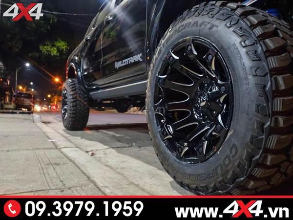 Lazang Ford Ranger độ: Chiếc Ford Ranger màu đen gắn mâm Fuel Battle Axe đẹp, chất và cứng cáp