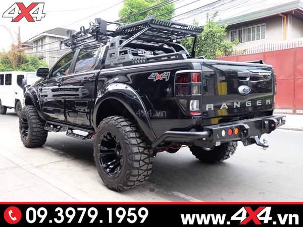 Đồ chơi xe Ford Ranger: Xe bán tải Ford Ranger độ đẹp và hầm hố với thanh thể thao option 4wd