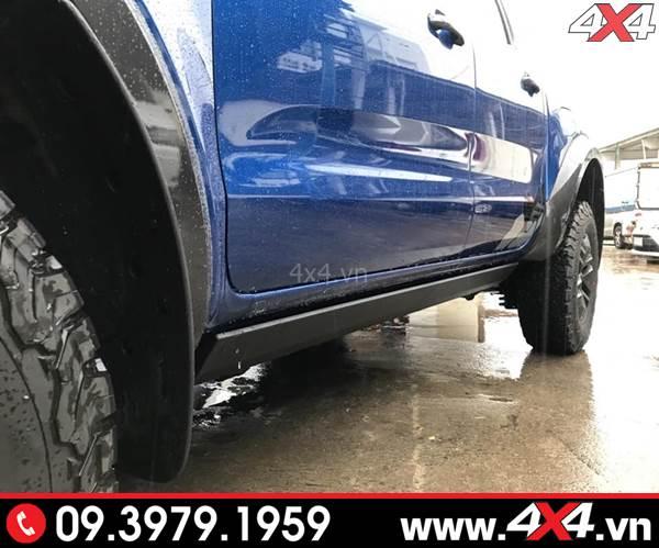 Bậc bước chân Ford Ranger loại chỉnh điện giúp xe bạn gọn gàng hơn