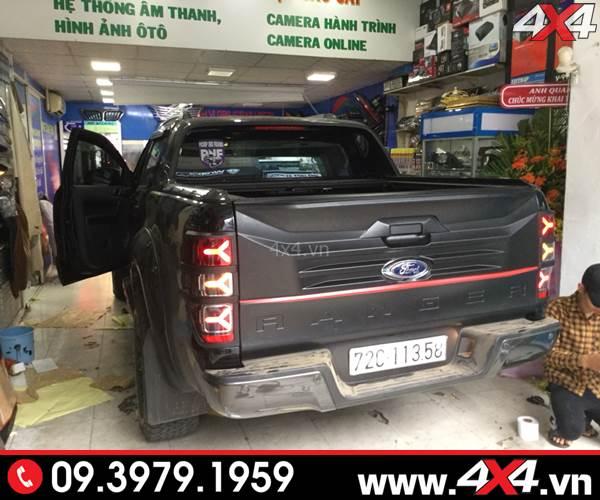 Xe bán tải Ford Ranger độ đẹp với đèn đuôi Ford Ranger