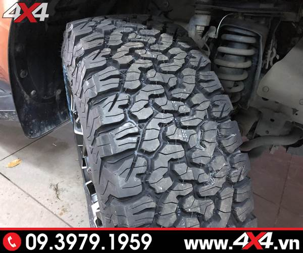Độ vỏ xe Ford Ranger: Lốp BFGoodrich đẹp và hầm hố dành cho xe bán tải