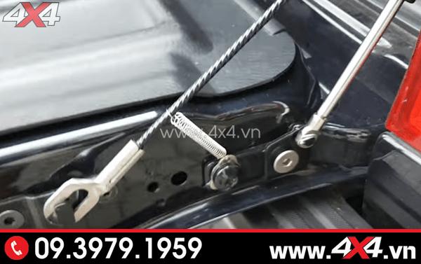 Ty hãm cốp Ford Ranger giúp việc mở cốp xe Ford Ranger nhẹ nhàng hơn