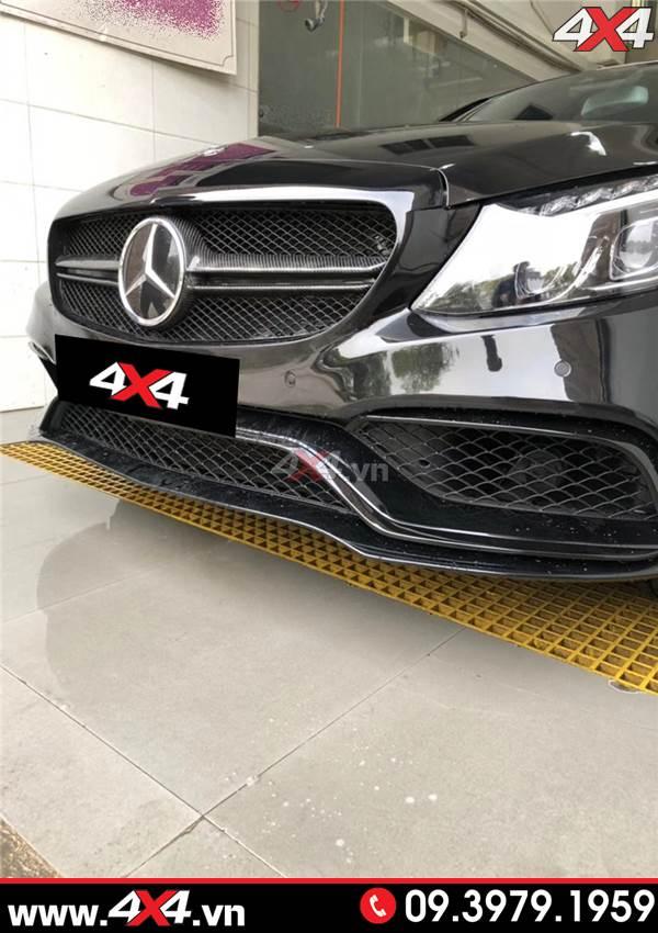 Hình ảnh xe Mercedes W205 C200 C300 lắp mặt nạ độ mẫu C63 AMG