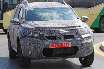 foto spion dacia duster