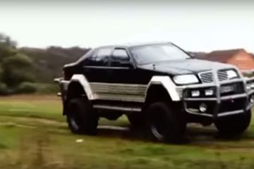 Mercedes-Benz S500 off-road