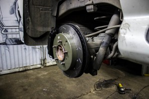 Proma-brakes-LC200-front-16